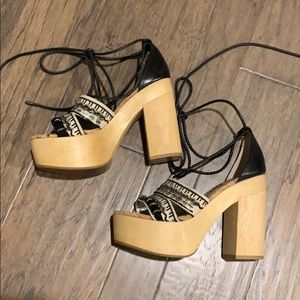 NWOT Sam Edelman wood platform sandals.
